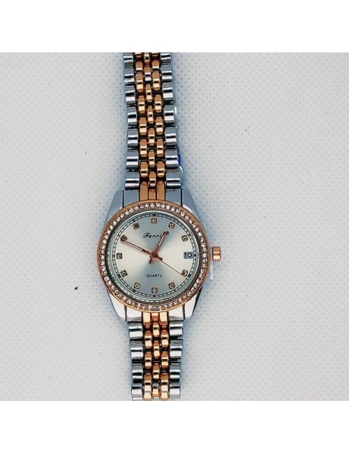 Γυναικείο ρολόι με μεταλλικό μπρασελέ Ρ-12 ασημί- χρυσό