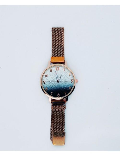 Γυναικείο ρολόι με μεταλλικό μπρασελε με μαγνήτη Ρ-19 χρυσο